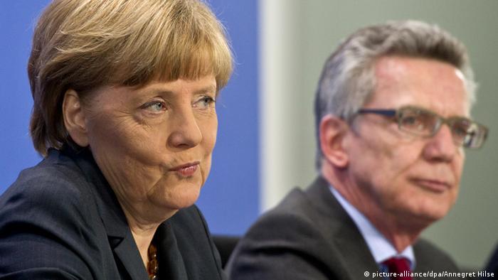 Angela Merkel Thomas de Maiziere PK Asyl Flüchtlinge