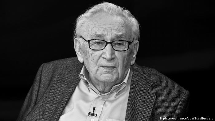 Egon Bahr Obit Porträt
