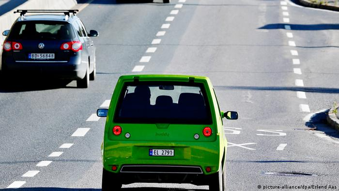 How Electric Cars Take Over Oil Rich Norway Dw Environment Dw
