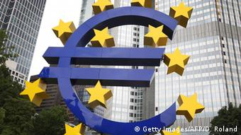 ECB Euro Logo in Frankfurt (Getty Images/AFP/D. Roland)
