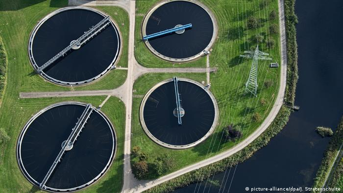 Hildesheim Niedersachsen Kläranlage Fluss