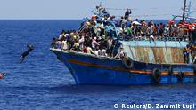 Symbolbild Flüchtlingsboot Küste Libyen