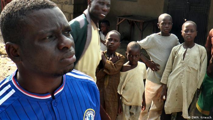 Tödliche Kinderarbeit in Nigeria Mehr Minen statt Reaktionen