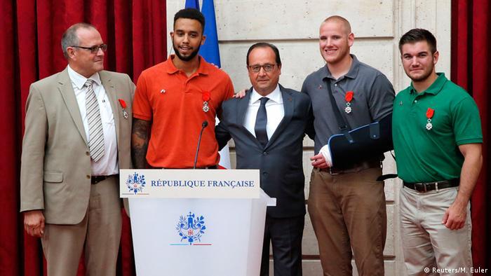 Frankreich Auszeichnung durch Francois Hollande nach Angriff in Thalys