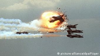 Ramstein airshow catastrophe in 1988 (picture-alliance/dpa/Füger)