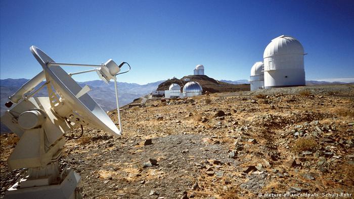 Chile Sternenwart La Silla (picture-alliance/dpa/H. Schulz-Rohr)