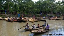 Titel: Picture-Gallery: Kuriana Boat Market Description: Country boats are ready for sale at the weekly boat market at Kuriana Boat Market in Swarupkathi upazila under Pirojpur district in Bangladesh. Keywords: Bangladesh, boat, market, country, boat, weekly market Taken on: 14th august 2015 Foto:correspondent Mustafiz Mamun