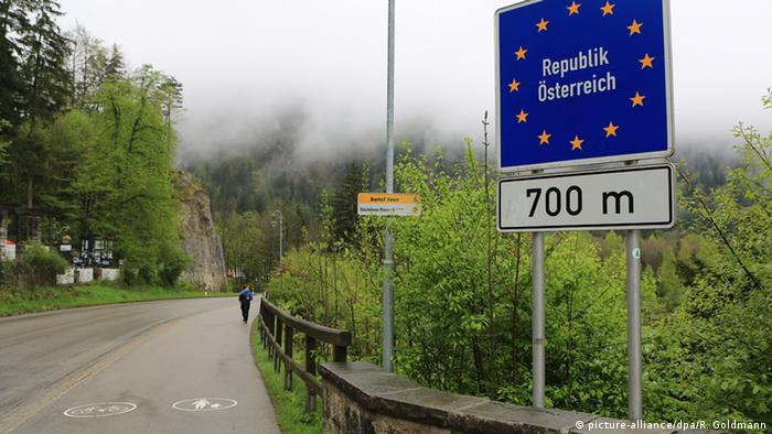 Знак на границе Германии и Австрии