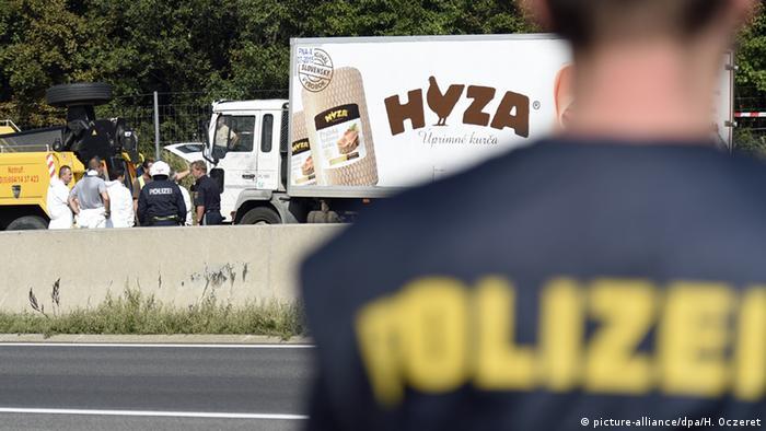Austrian truck in which migrants suffocated (Photo: APA/HERBERT P. OCZERET)