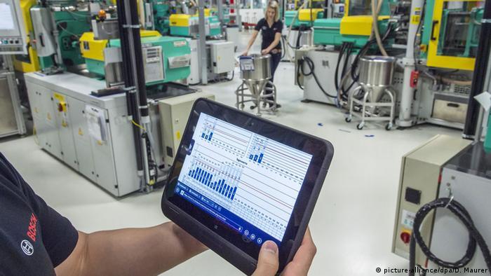 Deutschland, Symbolbild Industrie 4.0