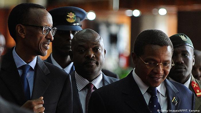 Kenia EAC Gipfel in Nairobi Paul Kagame und Pierre Nkurunzinza (Foto: TONY KARUMBA/AFP/Getty Images)