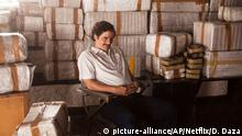 ##'ACHTUNG! NUR ZUR EINMALIGEN VERWENDUNG FÜR DEN ARTIKEL VOM 28.8.2015### This undated production photo provided by Netflix, shows actor Wagner Moura as Pablo Escobar, in the Netflix Original Series Narcos. The biopic promises to be an authentic portrayal of Escobar, so it¿s only natural that Brazilian director and executive producer Jose Padilha chose to film the 10-episode series in Medellin, the murder capital of the world during the drug kingpin¿s heyday in the 1980s. (Daniel Daza/Netflix via AP)
