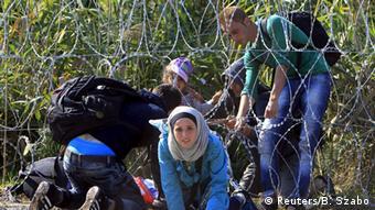 Bildergalerie Flüchtlinge an der serbisch-ungarischen Grenze