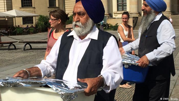 Sikh community Hands out Food at Berlin Gendarmenmarkt