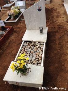 Uredno njegovani grobovi pokojnika mlađih od deset godina
