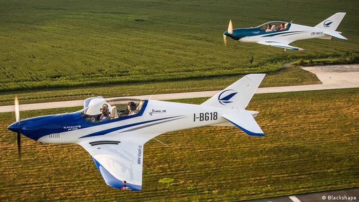 Zwei Leichtflugzeuge vom Typ Blackshape Prime (Foto: Blackshape)