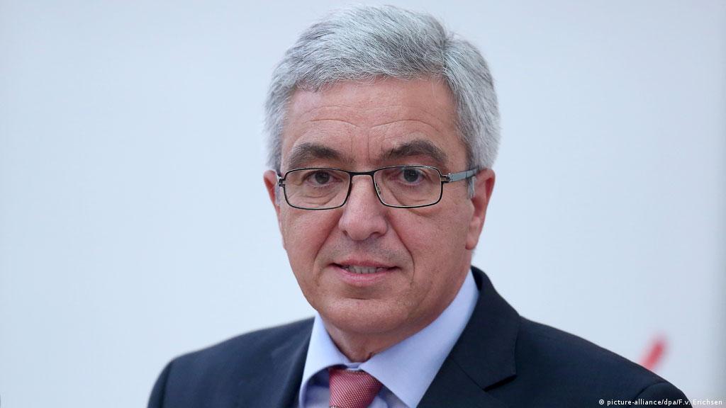 Gülencilerle ilgili inceleme SPD'li eyalet İçişleri Bakanı Roger Lewentz'in girişimiyle başlatılmıştı.