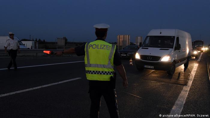Österreich - Polizeikontrollen an ungarischen Grenze
