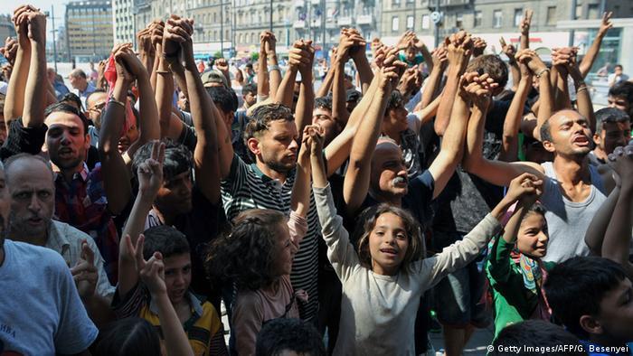 Беженцы на вокзале в Будапеште