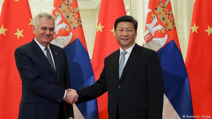 China Serbien Xi Jinping mit Tomislav Nikolic in Peking