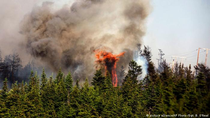 wildfire in Alaska Photo: Sgt. Balinda O¿Neal/U.S. Army National Guard via AP