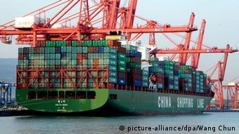 China Symbolbild Einbruch Wirtschaft Export Börse