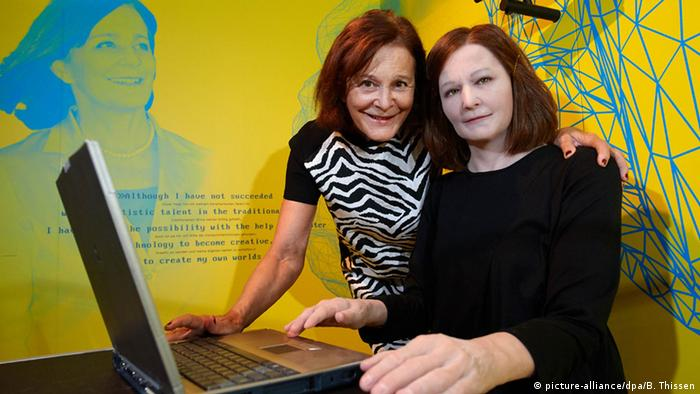 İnsansı robot 'Nadine' ve geliştiricisi Nadia Magnenat-Thalmann