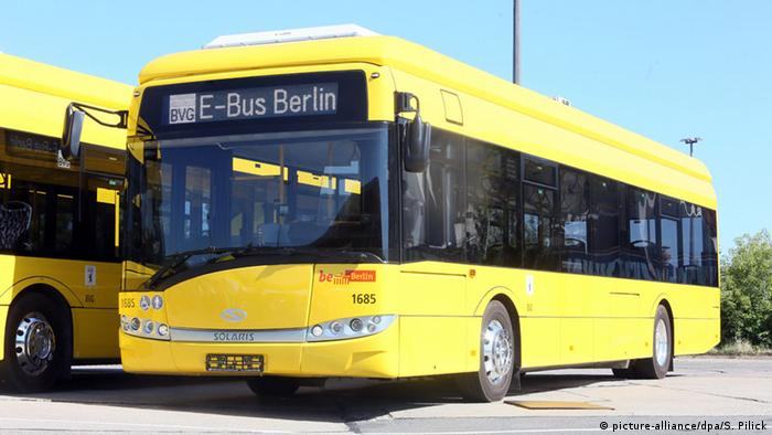 Electric bus in Berlin (Photo: Stephanie Pilick/dpa)