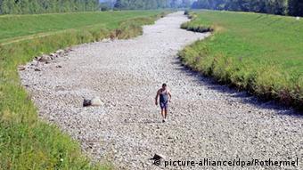 Flussbett Deutschland Dürre Archiv