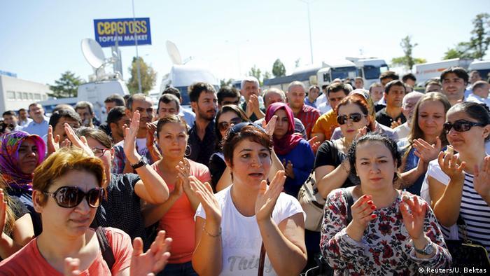 Türkei Polizeiaktion gegen Koza-Ipek-Holding