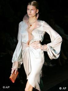 Mode Haute Couture in Paris Bildgalerie Giorgio Armani