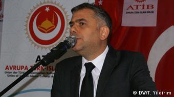 Türken Deutschland Wahl Hüseyin Emre Engin (DW/T. Yildirim)