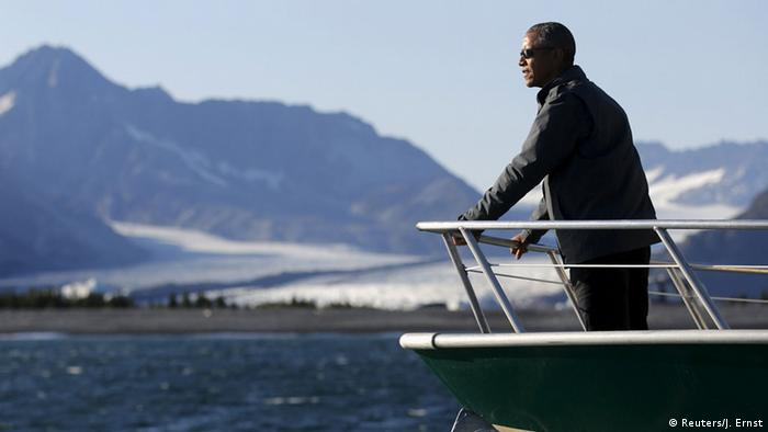 US President Barack Obama views Bear Glacier on a boat tour of Kenai Fjords National Park in Seward, Alaska September 1, 2015 (Photo: REUTERS/Jonathan Ernst)