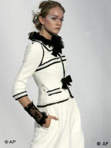 Mode Haute Couture in Paris Bildgalerie Karl Lagerfeld