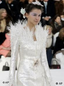 Mode Haute Couture in Paris Bildgalerie Karl Lagerfeld