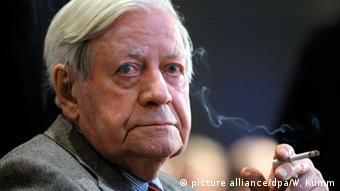 Deutschland Altkanzler Helmut Schmidt auf Intensivstation