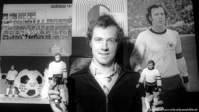 Bildergalerie Franz Beckenbauer 70. Geburtstag - Spielzeugpuppe