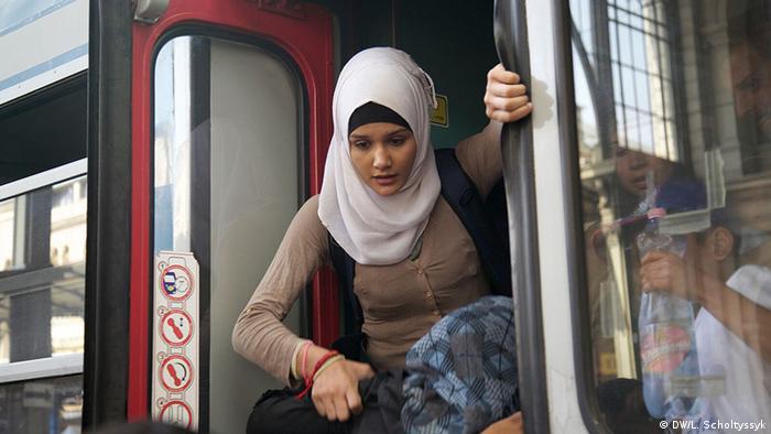 Ungarn Budapest Ostbahnhof Flüchtlinge Zug Frau