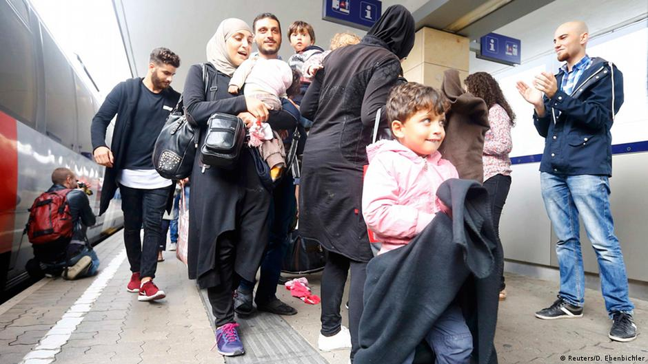 выдержи-вает только фото квартир беженцев в австрии фотожурналистом можно только