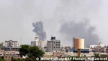 06.09.2015 +++ Smoke rises after an airstrike by the Saudi-led coalition in Sanaa, Yemen, Sunday, Sept. 6, 2015. The Saudi-led and U.S.-backed coalition, made up mainly of Gulf nations, has been launching airstrikes against Shiite rebels known as Houthis and their allies since March, part of an increasingly assertive military policy by both the Saudis and the UAE in the region. The rebels and army units loyal to former President Ali Abdullah Saleh are fighting forces loyal to President Abed Rabbo Mansour Hadi, who is in self-imposed exile in Saudi Arabia, as well as southern separatists and local militias. (AP Photo/Hani Mohammed)