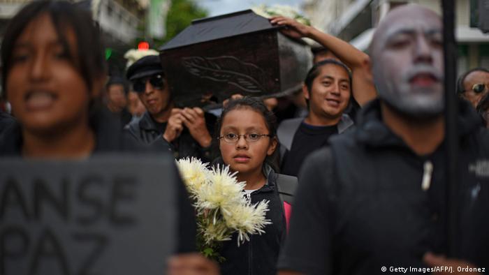 Los ciudadanos quieren #JusticiaYa contra la corrupción en Guatemala