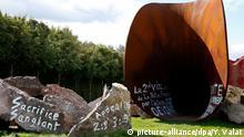 Frankreich Skulptur von Anish Kapoor in Versailles verschandelt