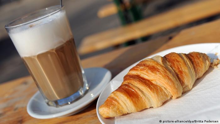 Latte Macchiato Croissant Frühstück USA Bildergalerie Deutschland