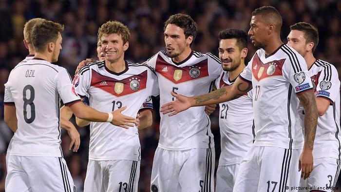 Deutsche Mannschaft feiert 3:2 gegen Schottland