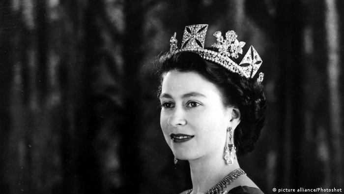 Retrato da rainha Elizabeth 2ª em 1953.