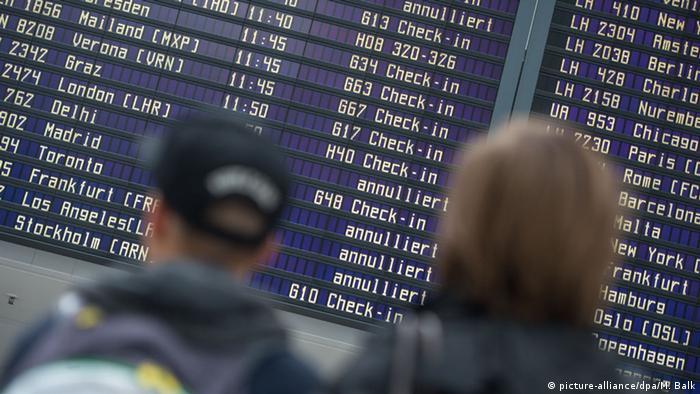 BdT Streik der Lufthansa-Piloten (picture-alliance/dpa/M. Balk)