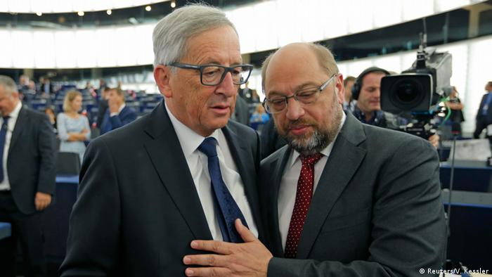 Жан-Клод Юнкер (ліворуч) і Мартін Шульц