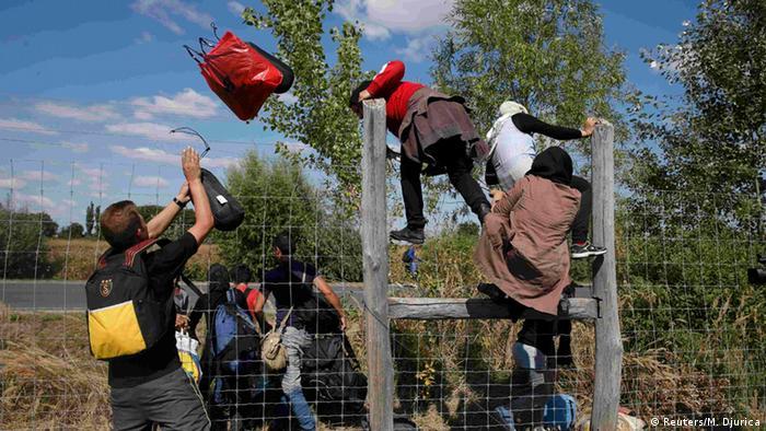 Ungarn Flüchtlinge bei Roszke