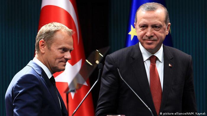 Der türkische Präsident Recep Tayyip Erdogan in Brüssel bei Ratspräsident Donald Tusk (foto: anadolu/picture-alliance)