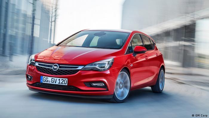 Vorschaugalerie auf die IAA 2015 Opel Astra (GM Corp)